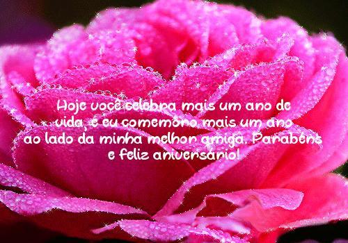 Hoje você celebra mais um ano de vida, e eu comemoro mais um ano ao lado da minha melhor amiga. Parabéns e feliz aniversário!